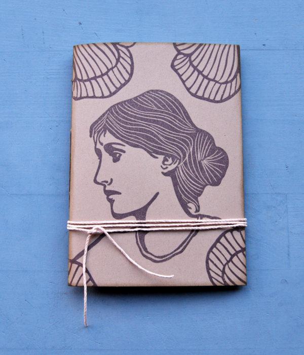 Taccuino gadget con ritratto Virginia Woolf fronte
